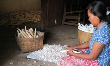 Pilih Dua Pekan Tak Makan Nasi, Demi Beli Air Bersih