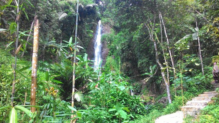 Air Terjun Jurang Jero di Karangpandan Perlu Dikunjungi