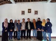 """""""Tambal Timah"""" Kegiatan PKM Pengabdian Mahasiswa Univet Sukoharjo"""