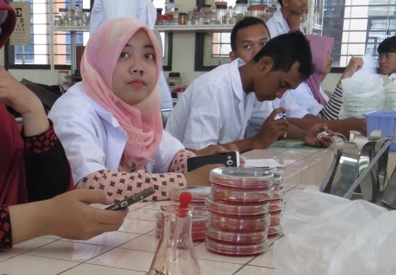 Mencetak Tenaga Ahli & Profesional Bidang Industri Pangan