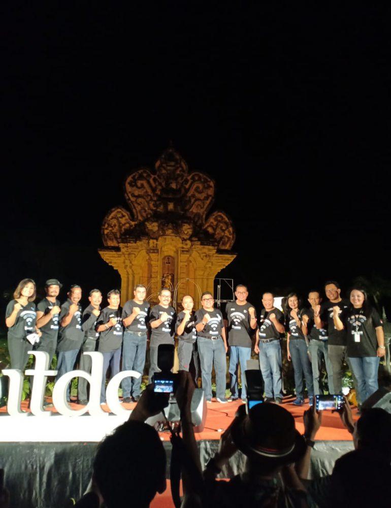 Wagub Bali Hadiri Perayaan Gerakan Earth Hour 2019, Satu Jam Area Publik dan Pariwisata Memadamkan Lampu