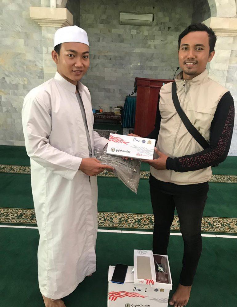 Biker Sholeh Bali Tebar Kebaikan Sambut Bulan Suci Ramadhan