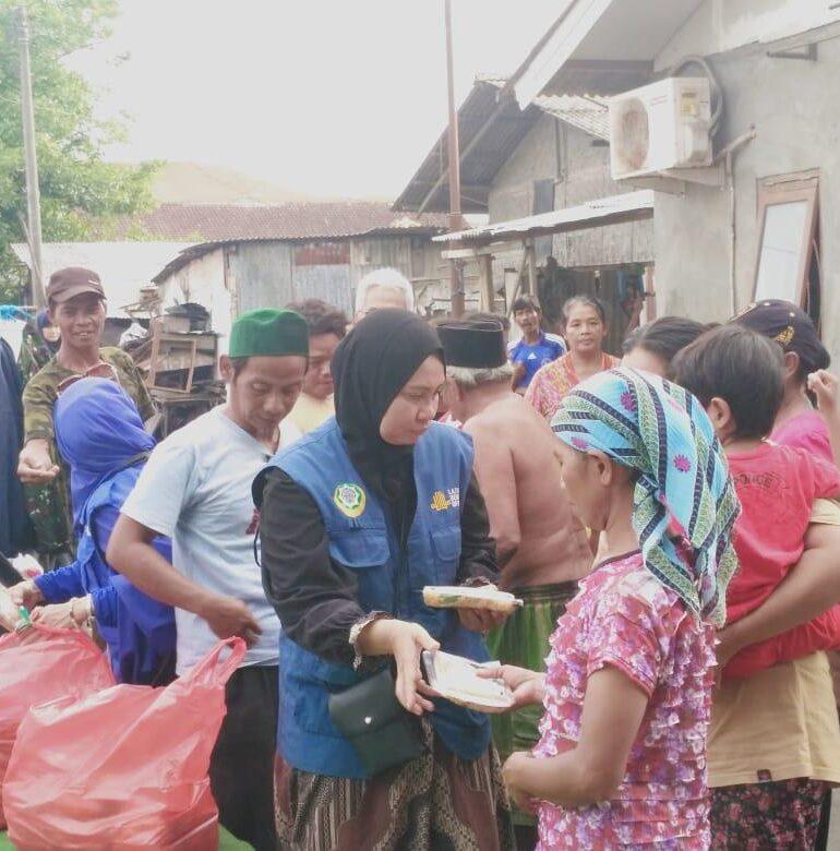 Laznas  Dewan Dakwah Bali Berbagi Nasi untuk Mereka yang Terpinggirkan