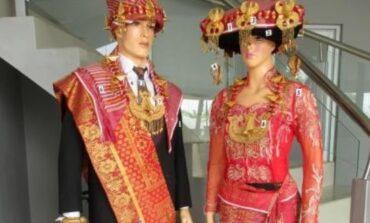 5 Pakaian Adat Khas Sumatera Utara Yang Perlu Dilestarikan