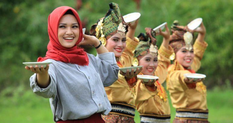Memahami Pentingnya Pengenalan Budaya Lokal Terhadap Generasi Muda