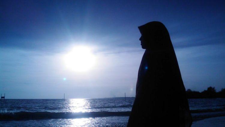 Cara Gaul dan Tidak Kebablasan Ala Artikel Remaja Muslimah